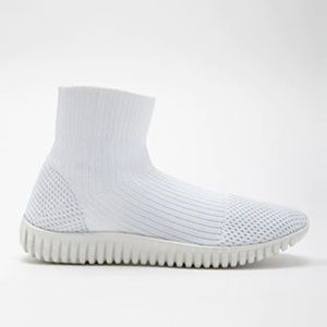 NEW Dirty Laundry High Top Sock Sneakers